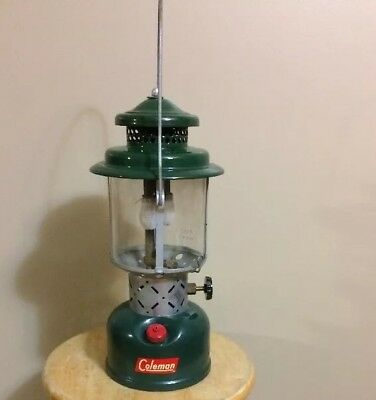 VTG Coleman Dual Mantle Lantern 1956 220E Green Camp Lamp Sun Rise Glass VNC