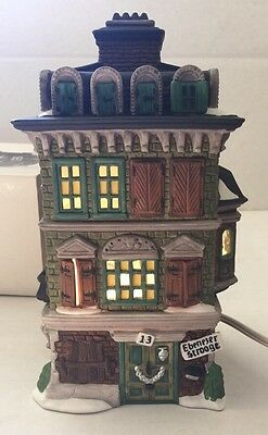 Dept 56 The Flat of Ebenezer Scrooge Dickens #55875 Retired Heritage Village