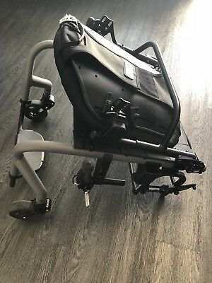 New Quickie Gt Q5R Lightweight Sport Manual Wheelchair Frame W/ Froglegs