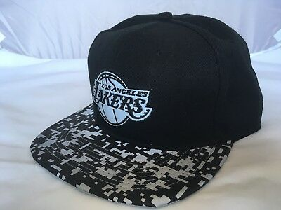 La Lakers Mitchell and Ness NBA SnapBack Baseball Cap - Black/Check
