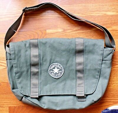 bfb420755f20 Converse Messenger To Go Bag All Star Canvas Shoulder Padded Laptop  Computer EUC