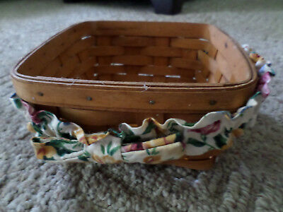 1994 Square longaberger basket  7 inch with bow