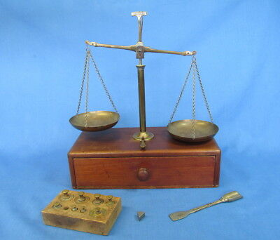 Vintage Travel Balance Scale For Gold Silver Gems Coins Pharmaceutical Jewelery