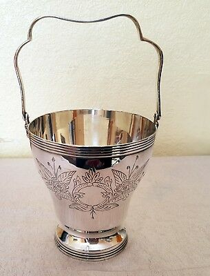Silver plated ice bucket.