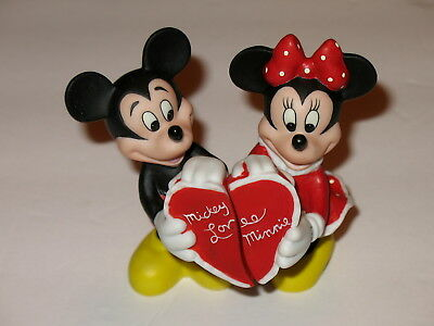 Lenox Disney Mickey Loves Minnie Mouse Salt & Pepper Shakers New Heart Porcelain