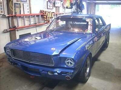 1966 ford mustang road race car