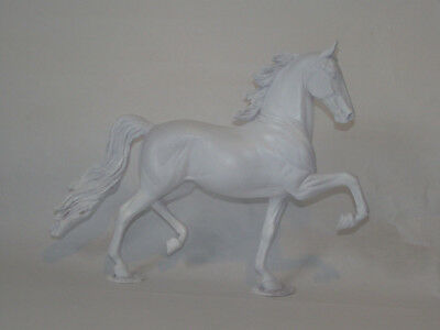 U/P traditional prepped RESIN HORSE sculpture  model ** APPLAUSE ** by Cantrell