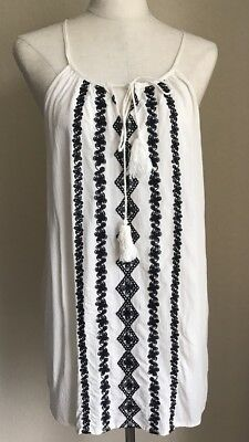 5b6d9acf66 NWT Romeo & Juliet Couture Sleeveless Top Embroidering Womens Size L Large  $108