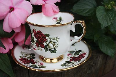 Vintage Crown Staffordshire England Fine Bone China Tea Cup Set G922