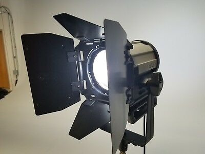 Litepanels Sola 4 Daylight LED Fresnel