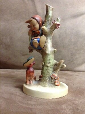 Hummel Porcelain Figurine-TMK 2-FULL BEE-#56/B Girl in Tree Loses Shoe, hi grade