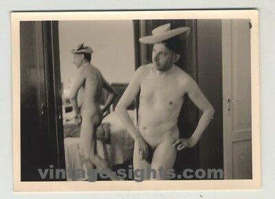 Funny Nude Guy With Hat (Vintage Photo)