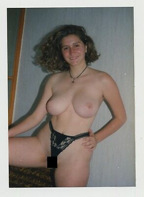 Voluptuous Natural Nude Woman / G String Camel Toe (Vintage Photo)
