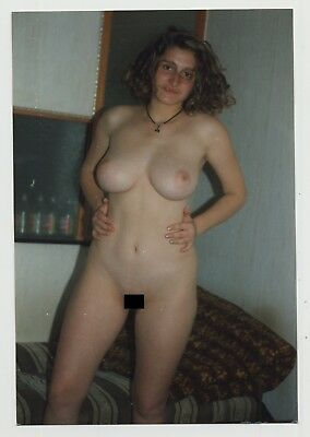 Voluptuous Natural Nude Woman / Shaved - Nipples Vintage Photo)