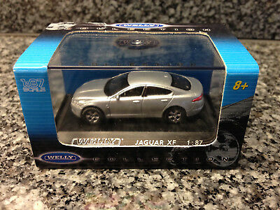 Welly 1:87 Jaguar XF silber in OVP A341