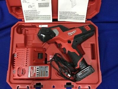 Milwaukee M12 600 MCM Cable Cutter - 2472-20
