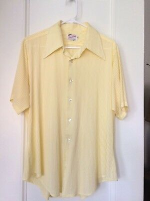 Vintage Yellow Knit Seersucker Mens Short Sleeve Shirt, Size 16 1/2