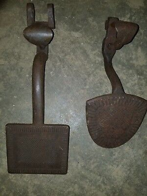 Vintage Pair of Cast Iron Horse Drawn Buggy Steps, Wagon,Carriage