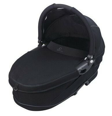 Quinny Carrycot Black with Raincover