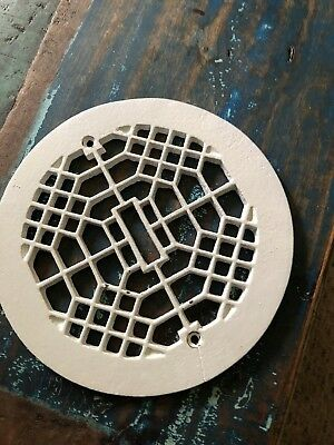 Antique Art Deco Round Heat Register Air Vent Cover Small Crack Cast Iron 8 1/4