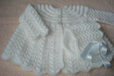 Hand Knit Baby Matinee Coat / Cardigan with Bonnet. Scalloped Edgings. 0-6 m.