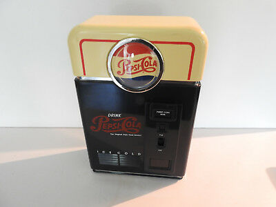 Vintage Pepsi Cola Vending Machine Novelty AM/FM  Radio
