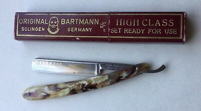 Superb Cut-Throat Razor by Karl Eikenberg, Solingen - Original Bartmann - Cased