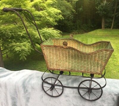 Vintage/Antique Baby Doll Carriage