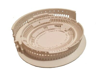 Roman Colosseum Scaled Structure  (152 x 126 x 41 mm)