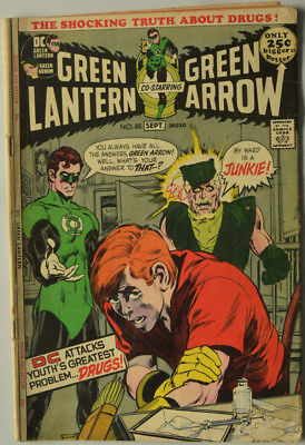 Green Lantern 85 - Famous Drug Issue VG+ - Neal Adams cover and interior