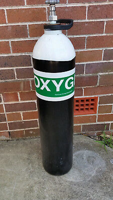 Old oxygen bottle/cylinder