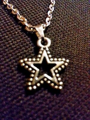 Little GIRLS Silver Plated Kids STAR NECKLACE Pretty Christmas Birthday Unique