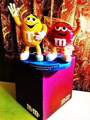"""M&M Double """"M"""" Candy Dispenser Red&Yellow Characters Limited Edition 1999 NEW"""