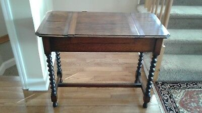 Britisher Antique Writing Table