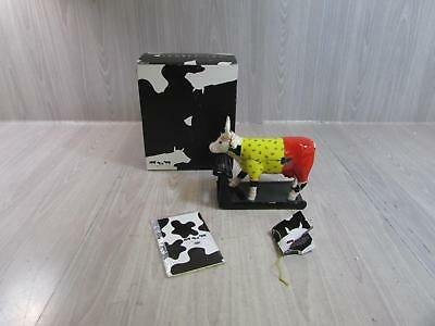 2005 Westland Giftware Cow Parade Cow-isthenics Collectible Figurine