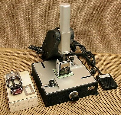 Lassco Wizer W-100 Automatic Numbering Machine Extra Numbering Head & Pedal!