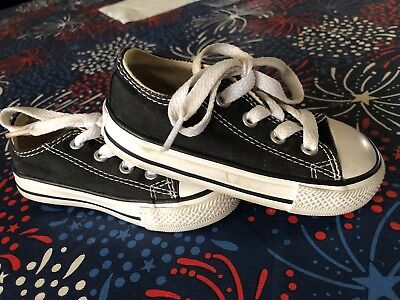 New Toddler Unisex Converse Black Size 6