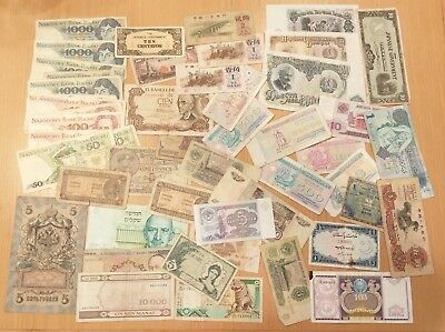 -Auction- World Currency Lot Of 50 Notes