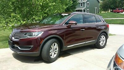 2017 Lincoln MKX Premiere 2017 Lincoln MKX FWD w/ only 173 miles. Brand New