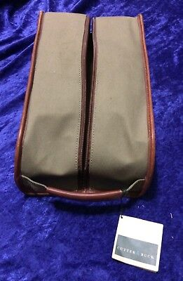 Cutter & Buck shoe bag with Skyy Vodka tag as zipper toggle