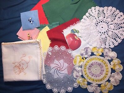 Vintage Linen Napkins And Doilies Lot