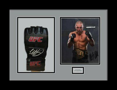UFC glove display case Grey Mount