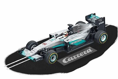 Mercedes F1 W07 Hybrid L.Hamilton, No.44 Carrera Digital 143