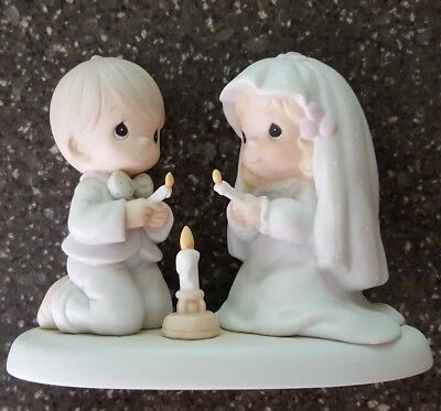 Precious Moments The Lord Is Your Light To Happiness 1988 520837 Figurine