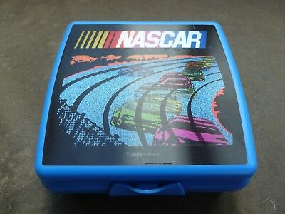 TUPPERWARE NASCAR Sandwich Keeper Lunch Box Blue Hologram Cars Racetrack NEW!
