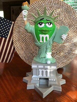 M&M Ms. Liberty dispenser, NEW, display only, from M&M World Orlando
