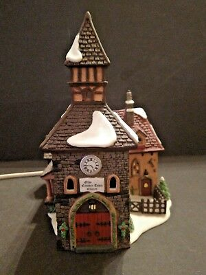 "DEPT 56 Dickens Village ""Olde Camden Town Church"" 1996, Retired 1999, Lights Up!"