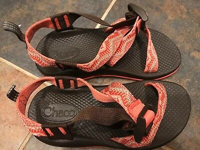 Youth Girls Size 1 Chacos Sandals EUC Chaco