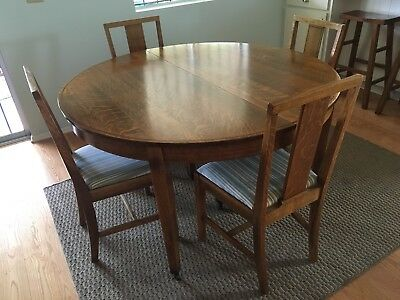 Antique tiger oak dining set - table w/leaves, 6 chairs, buffet and china hutch