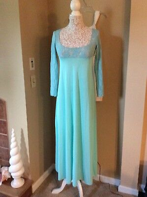 VTG LONG Blue Long Nylon silky smooth JCPenny Nightgown with lace sz M